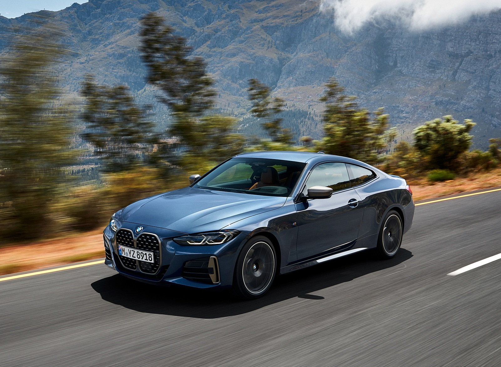 2021 BMW M440i xDrive Coupe Front Three-Quarter Wallpapers (8)