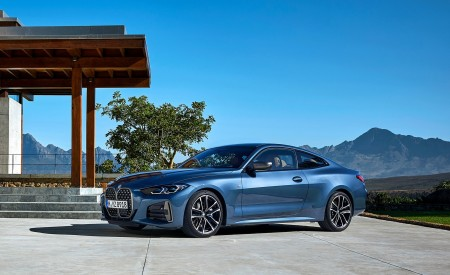 2021 BMW M440i xDrive Coupe Front Wallpapers 450x275 (59)