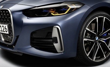2021 BMW M440i xDrive Coupe Headlight Wallpapers 450x275 (75)
