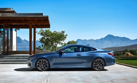 2021 BMW M440i xDrive Coupe Side Wallpapers 450x275 (61)