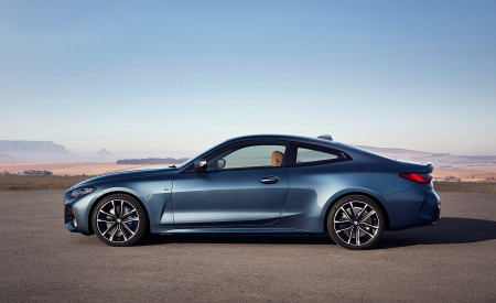 2021 BMW M440i xDrive Coupe Side Wallpapers 450x275 (57)