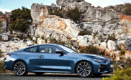 2021 BMW M440i xDrive Coupe Side Wallpapers 450x275 (46)