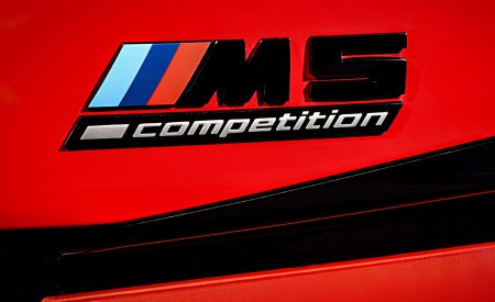 2021 BMW M5 Competition Badge Wallpapers 450x275 (36)