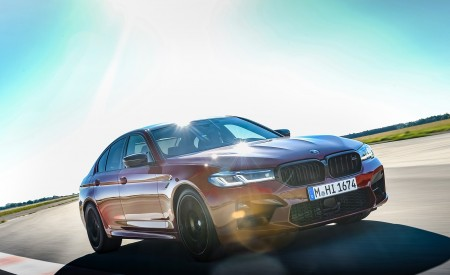 2021 BMW M5 Competition Front Three-Quarter Wallpapers 450x275 (6)