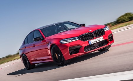 2021 BMW M5 Competition Front Three-Quarter Wallpapers 450x275 (1)