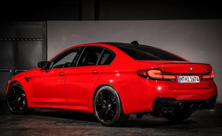 2021 BMW M5 Competition Rear Three-Quarter Wallpapers 450x275 (31)