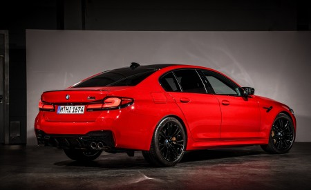 2021 BMW M5 Competition Rear Three-Quarter Wallpapers 450x275 (32)