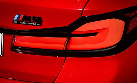 2021 BMW M5 Competition Tail Light Wallpapers 450x275 (42)