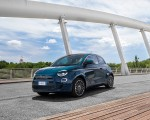 2021 Fiat 500 la Prima EV Front Three-Quarter Wallpapers 150x120 (8)