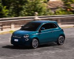 2021 Fiat 500 la Prima EV Front Three-Quarter Wallpapers 150x120 (2)