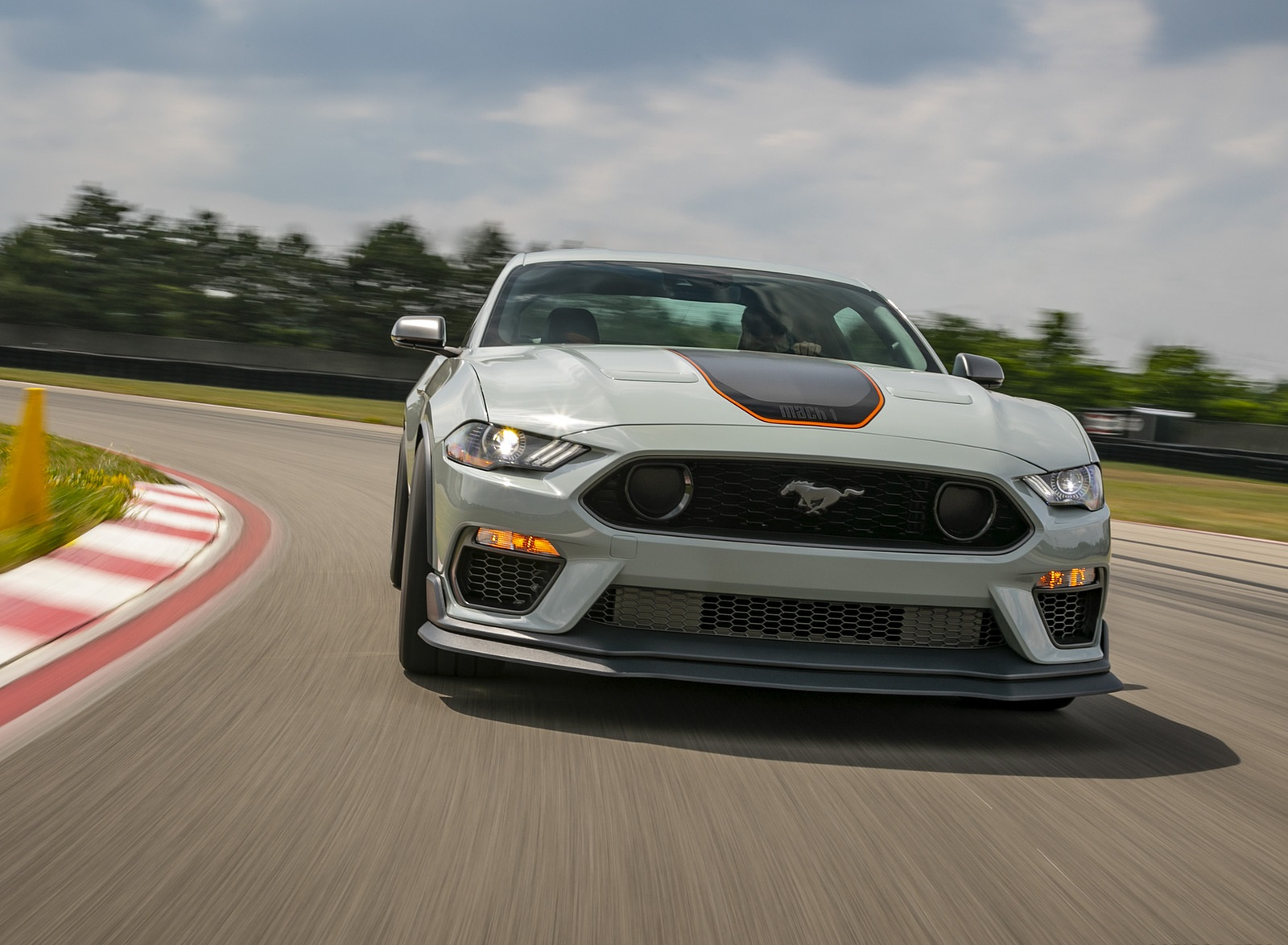 2021 Ford Mustang Mach 1 Front Wallpapers (2)