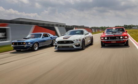 2021 Ford Mustang Mach 1 and 1969 Mach 1 Wallpapers 450x275 (7)