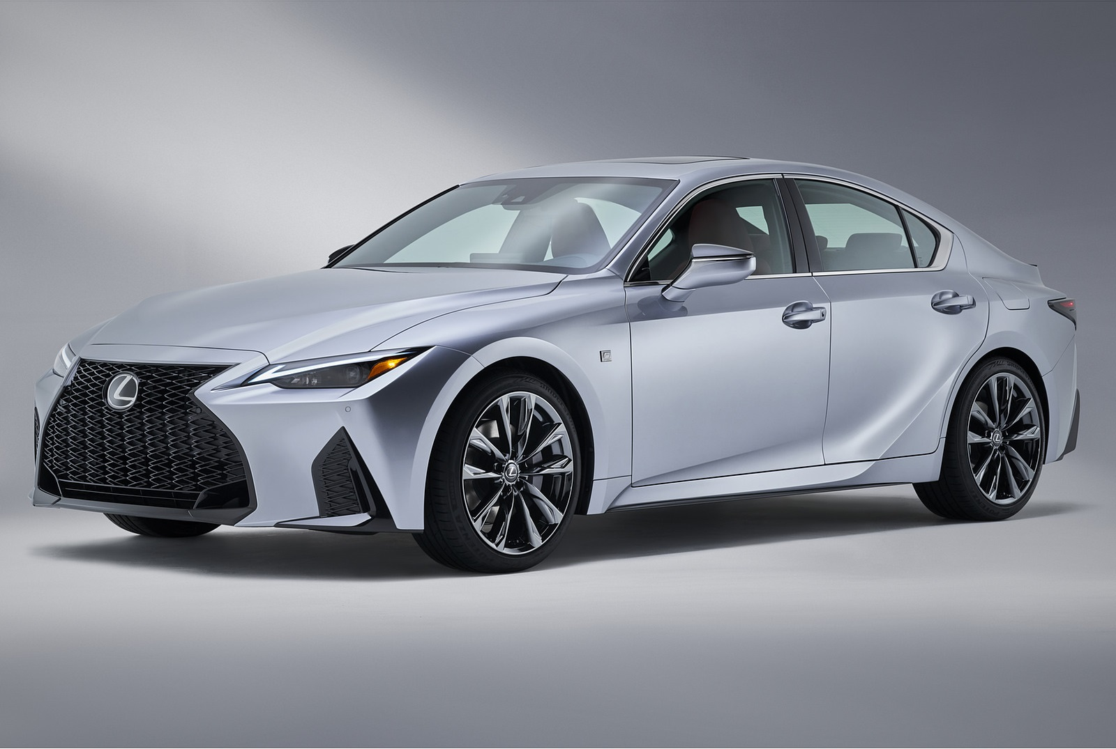 2021 Lexus IS Front Three-Quarter Wallpapers (4)