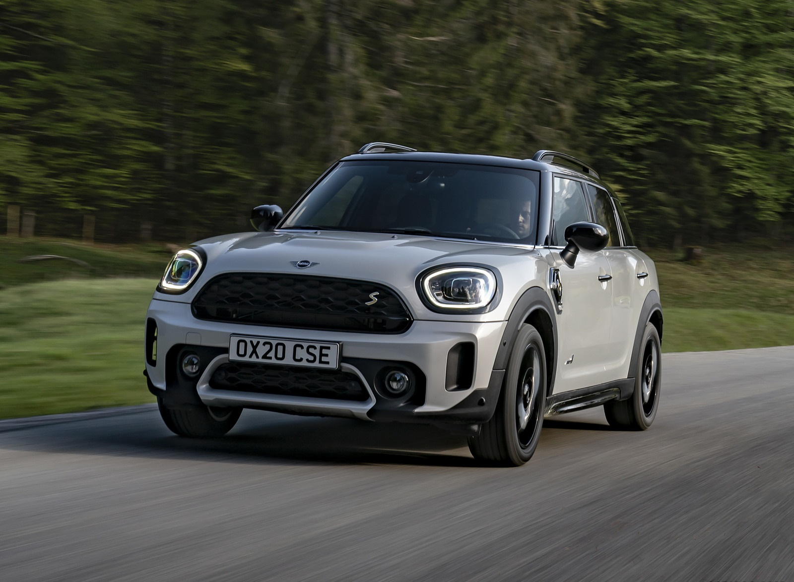 2021 MINI Countryman SE ALL4 Plug-In Hybrid Front Wallpapers (1)