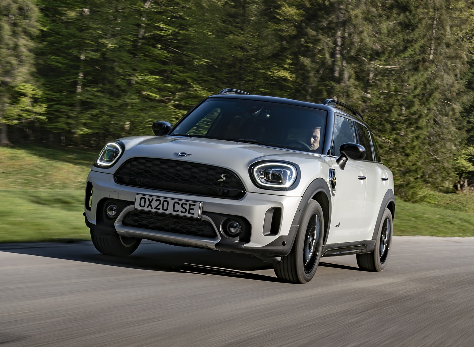 2021 MINI Countryman SE ALL4 Plug-In Hybrid Front Wallpapers (2)