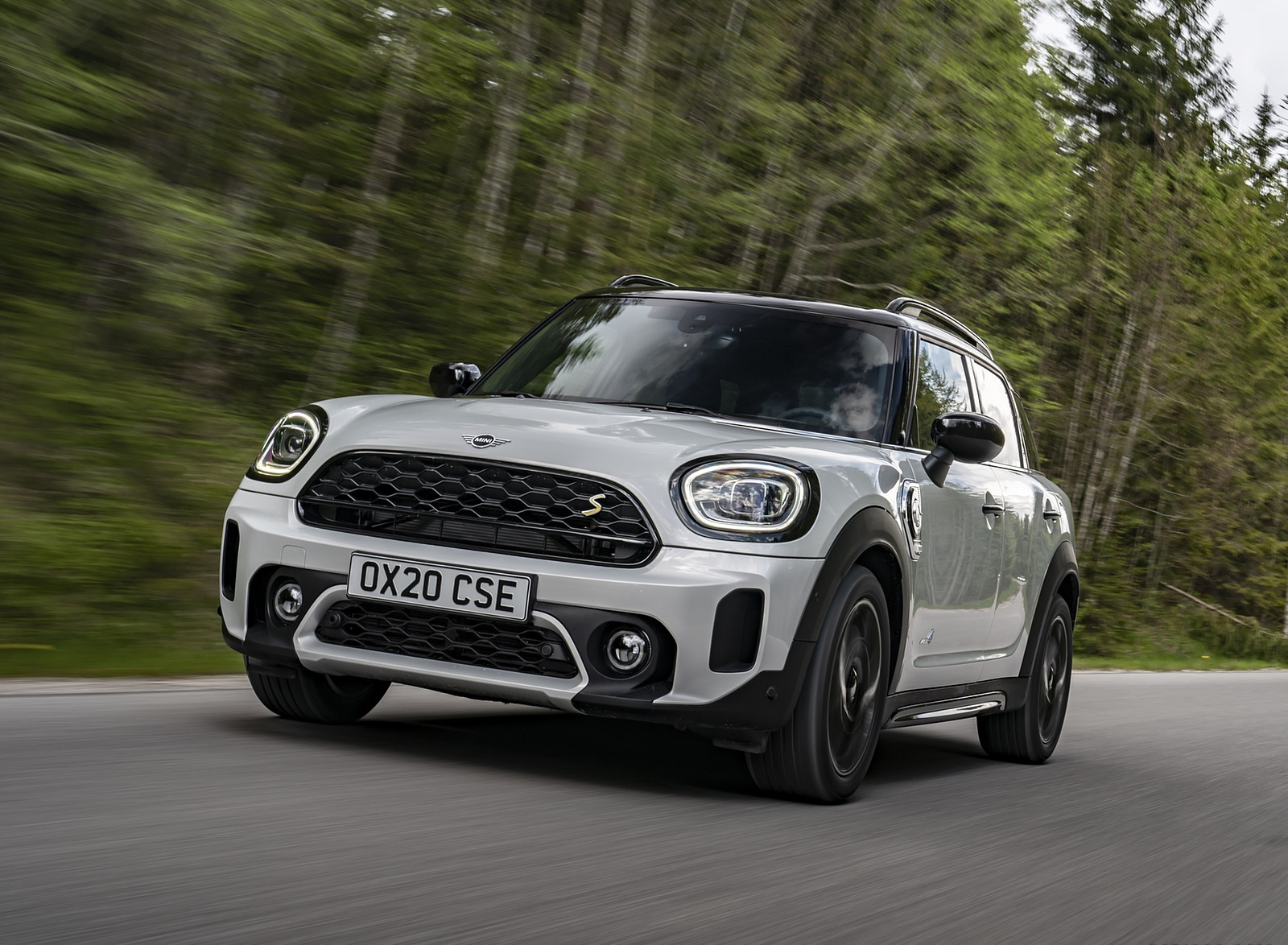 2021 MINI Countryman SE ALL4 Plug-In Hybrid Front Wallpapers (3)
