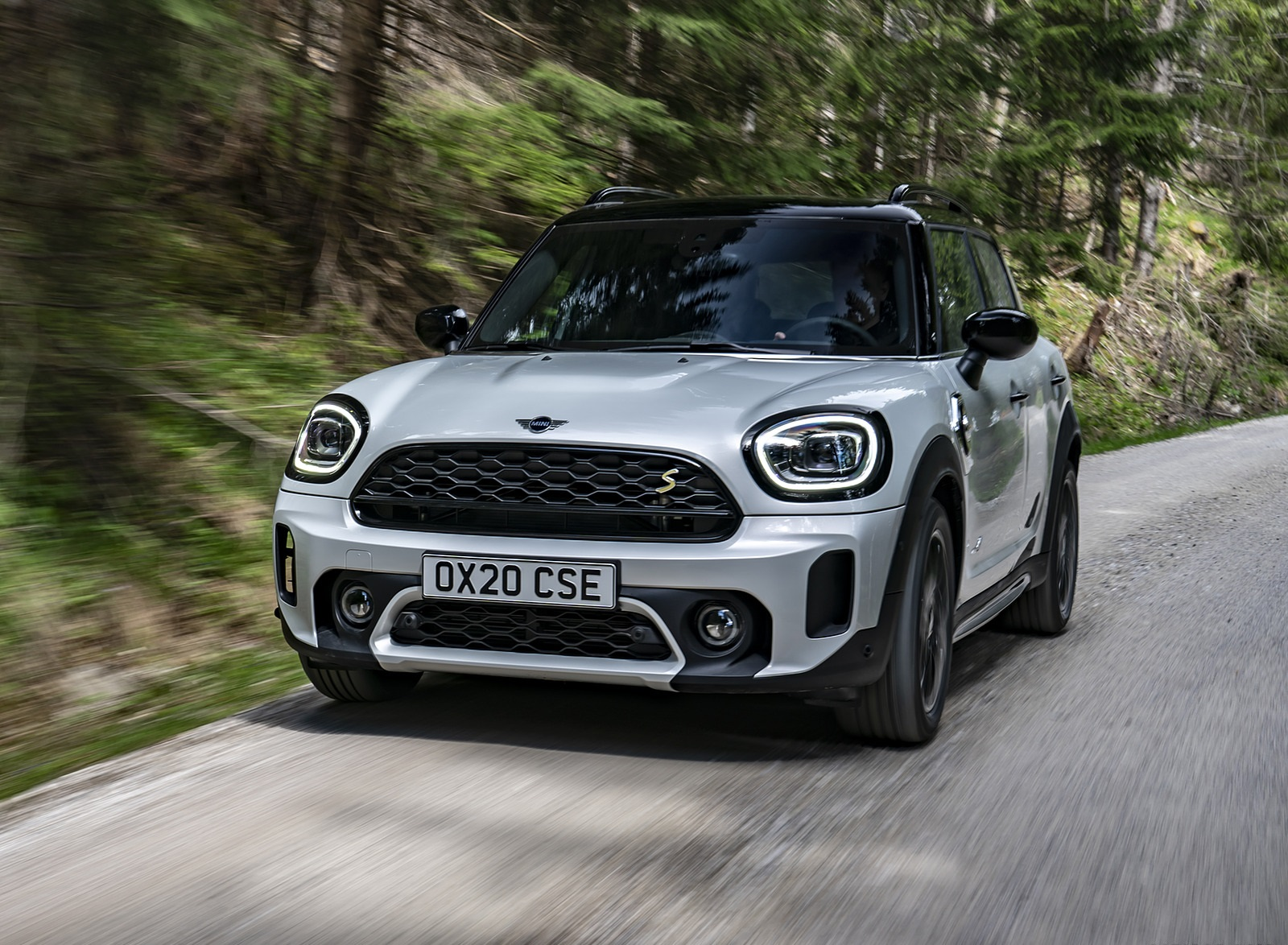2021 MINI Countryman SE ALL4 Plug-In Hybrid Front Wallpapers (6)