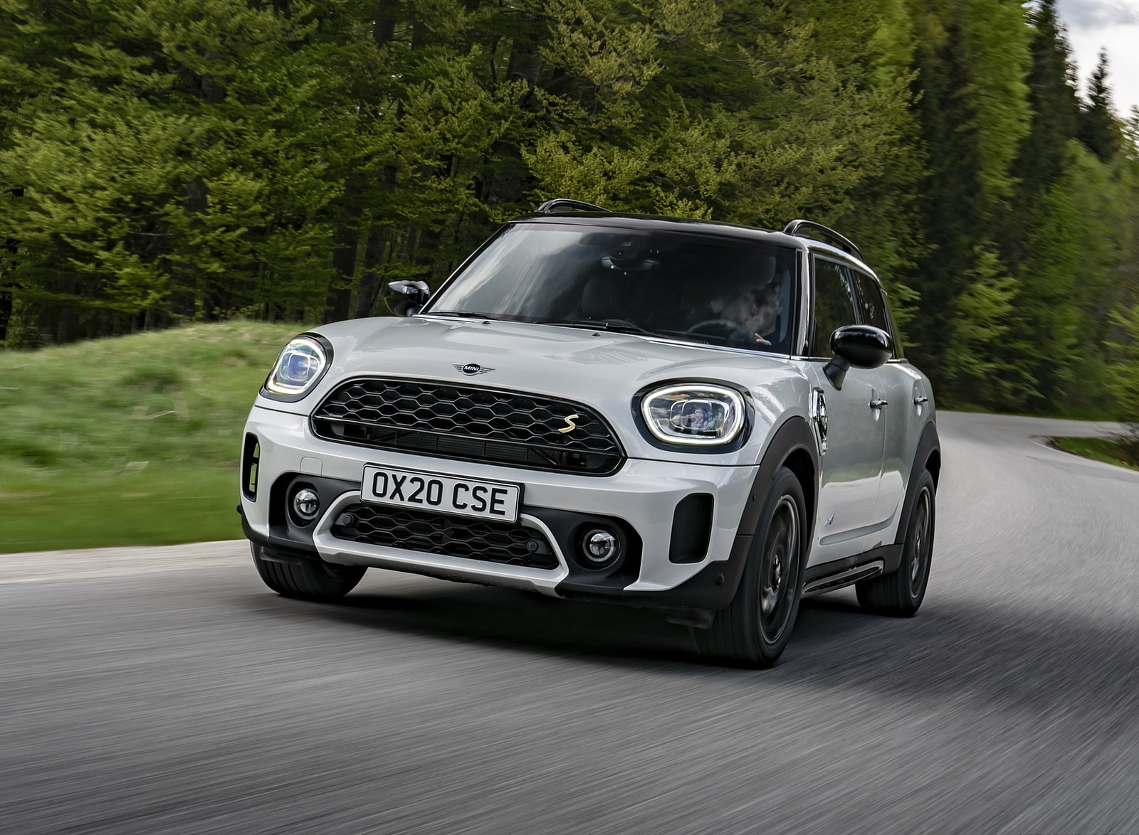 2021 MINI Countryman SE ALL4 Plug-In Hybrid Front Wallpapers (7)