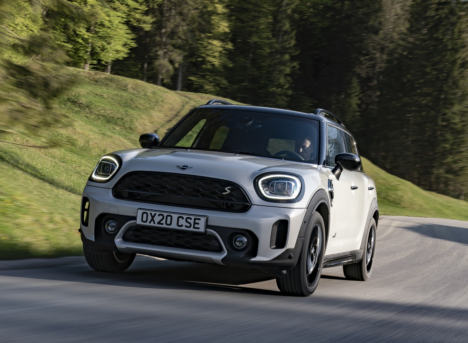 2021 MINI Countryman SE ALL4 Plug-In Hybrid Front Wallpapers (10)