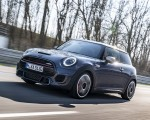 2021 MINI John Cooper Works GP Pack Front Three-Quarter Wallpapers 150x120 (2)