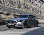 2021 Mercedes-AMG E 63 S 4MATIC+ (Color: High-Tech Silver Metallic) Front Three-Quarter Wallpapers 150x120 (32)