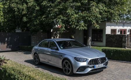 2021 Mercedes-AMG E 63 S 4MATIC+ (Color: High-Tech Silver Metallic) Front Three-Quarter Wallpapers 450x275 (18)