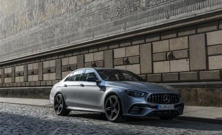 2021 Mercedes-AMG E 63 S 4MATIC+ (Color: High-Tech Silver Metallic) Front Three-Quarter Wallpapers 450x275 (31)