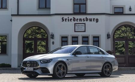 2021 Mercedes-AMG E 63 S 4MATIC+ (Color: High-Tech Silver Metallic) Front Three-Quarter Wallpapers 450x275 (21)