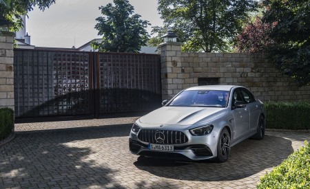 2021 Mercedes-AMG E 63 S 4MATIC+ (Color: High-Tech Silver Metallic) Front Wallpapers 450x275 (33)