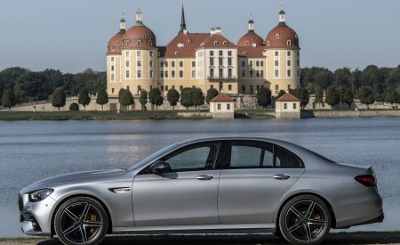 2021 Mercedes-AMG E 63 S 4MATIC+ (Color: High-Tech Silver Metallic) Side Wallpapers 450x275 (28)