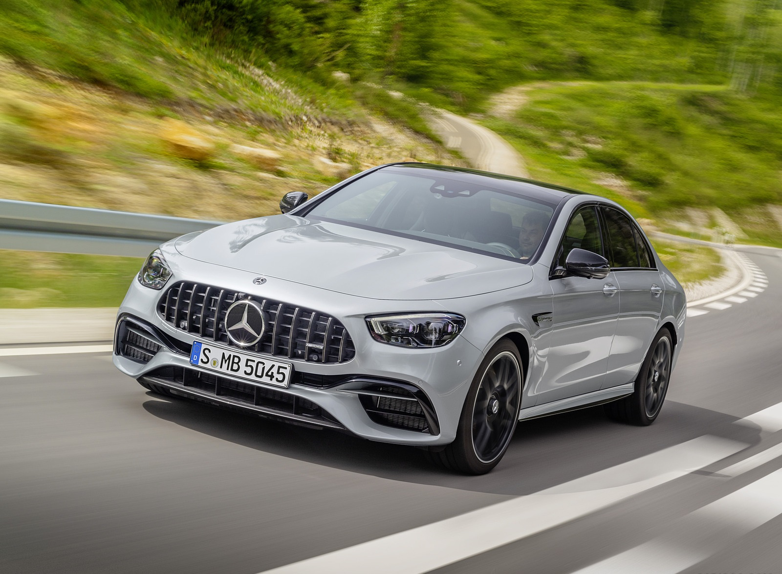 2021 Mercedes-AMG E 63 S (Color: Hightech Silver Metallic) Front Three-Quarter Wallpapers (1)