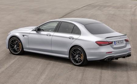 2021 Mercedes-AMG E 63 S (Color: Hightech Silver Metallic) Rear Three-Quarter Wallpapers 450x275 (88)
