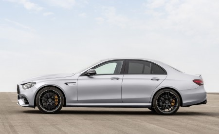 2021 Mercedes-AMG E 63 S (Color: Hightech Silver Metallic) Side Wallpapers 450x275 (90)