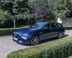 2021 Mercedes-AMG E 63 S Estate 4MATIC+ (Color: Designo Magno Brilliant Blue) Front Three-Quarter Wallpapers 150x120 (32)