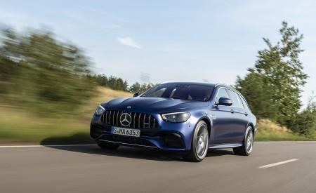2021 Mercedes-AMG E 63 S Estate 4MATIC+ (Color: Designo Magno Brilliant Blue) Front Three-Quarter Wallpapers 450x275 (2)