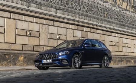 2021 Mercedes-AMG E 63 S Estate 4MATIC+ (Color: Designo Magno Brilliant Blue) Front Three-Quarter Wallpapers 450x275 (24)
