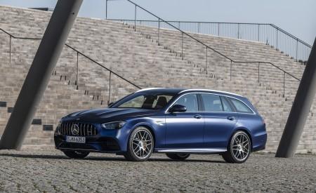 2021 Mercedes-AMG E 63 S Estate 4MATIC+ (Color: Designo Magno Brilliant Blue) Front Three-Quarter Wallpapers 450x275 (14)