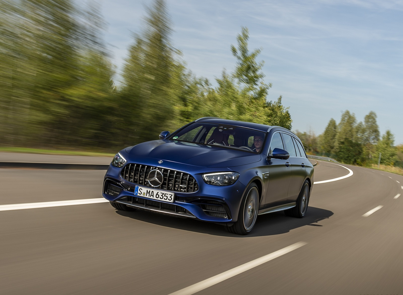 2021 Mercedes-AMG E 63 S Estate 4MATIC+ (Color: Designo Magno Brilliant Blue) Front Three-Quarter Wallpapers (1)