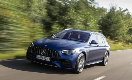 2021 Mercedes-AMG E 63 S Estate 4MATIC+ (Color: Designo Magno Brilliant Blue) Front Three-Quarter Wallpapers 450x275 (8)