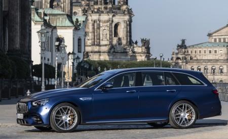 2021 Mercedes-AMG E 63 S Estate 4MATIC+ (Color: Designo Magno Brilliant Blue) Side Wallpapers 450x275 (37)