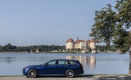 2021 Mercedes-AMG E 63 S Estate 4MATIC+ (Color: Designo Magno Brilliant Blue) Side Wallpapers 450x275 (29)