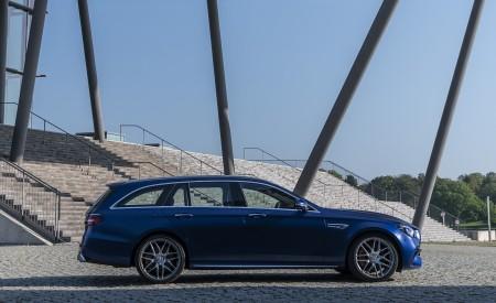 2021 Mercedes-AMG E 63 S Estate 4MATIC+ (Color: Designo Magno Brilliant Blue) Side Wallpapers 450x275 (18)