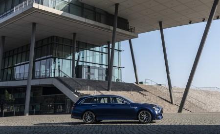 2021 Mercedes-AMG E 63 S Estate 4MATIC+ (Color: Designo Magno Brilliant Blue) Side Wallpapers 450x275 (19)
