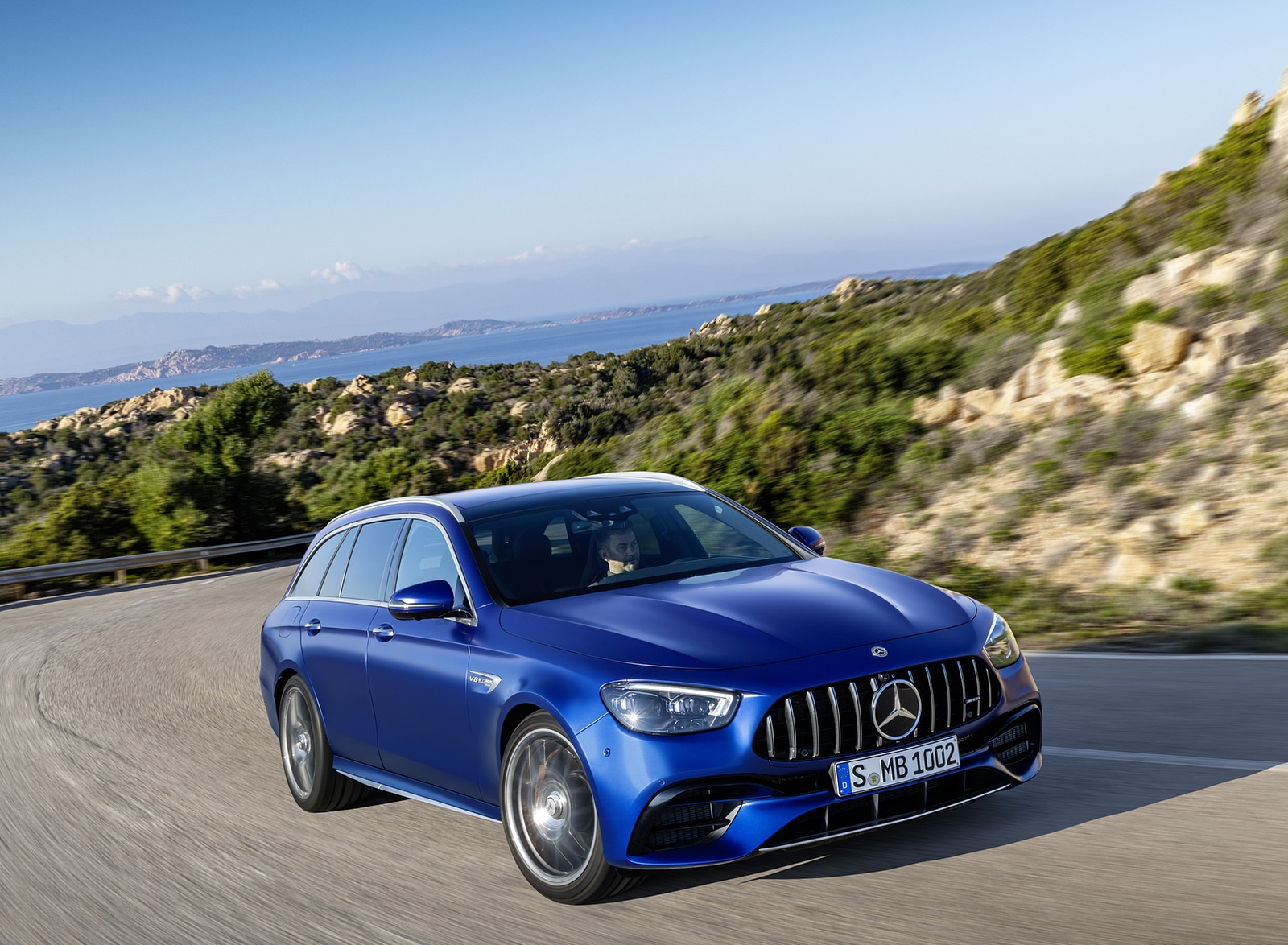 2021 Mercedes-AMG E 63 S Estate (Color: Brilliant Blue Magno) Front Three-Quarter Wallpapers (8)