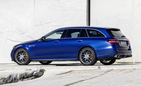 2021 Mercedes-AMG E 63 S Estate (Color: Brilliant Blue Magno) Rear Three-Quarter Wallpapers 450x275 (83)