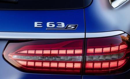 2021 Mercedes-AMG E 63 S Estate (Color: Brilliant Blue Magno) Tail Light Wallpapers 450x275 (90)
