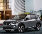 2021 Nissan Rogue Platinum AWD Front Three-Quarter Wallpapers 150x120 (21)