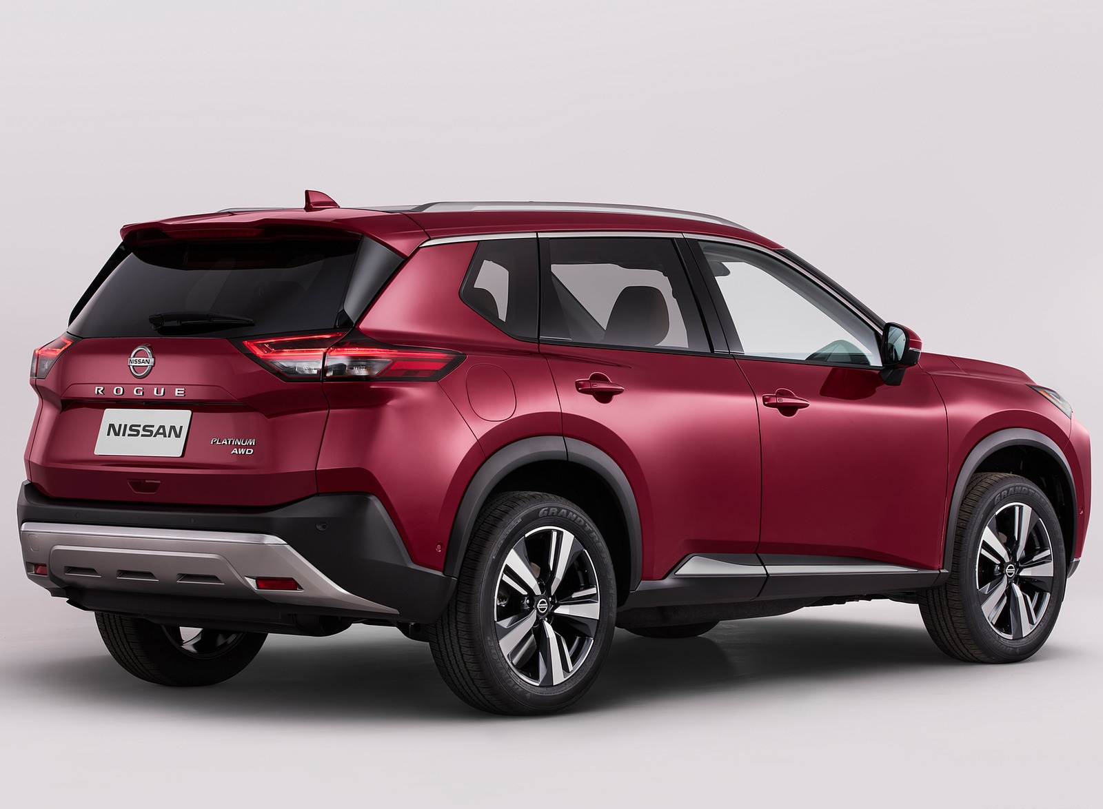 2021 Nissan Rogue Platinum AWD Rear Three-Quarter Wallpapers (10)