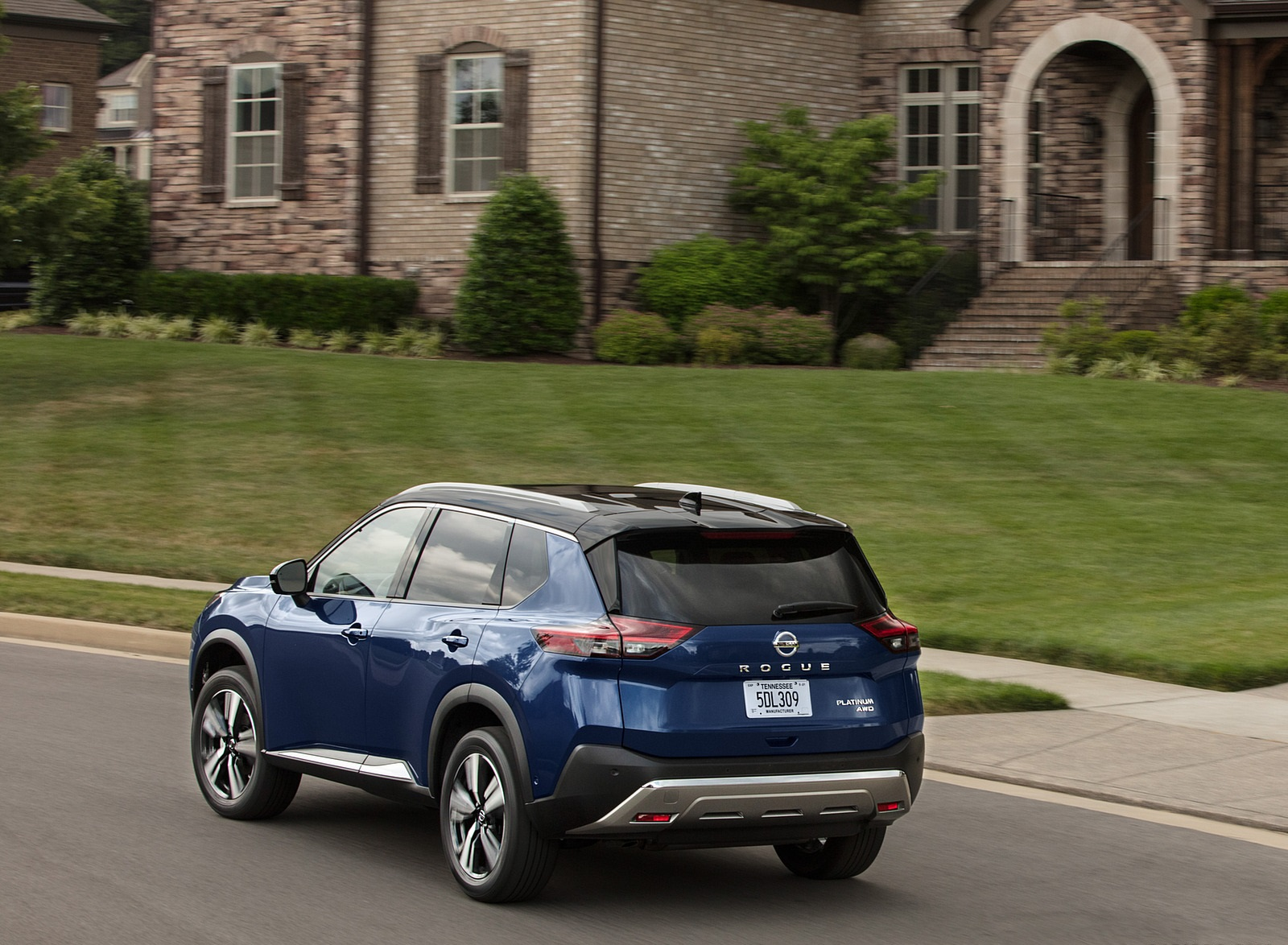 2021 Nissan Rogue Rear Three-Quarter Wallpapers (9)