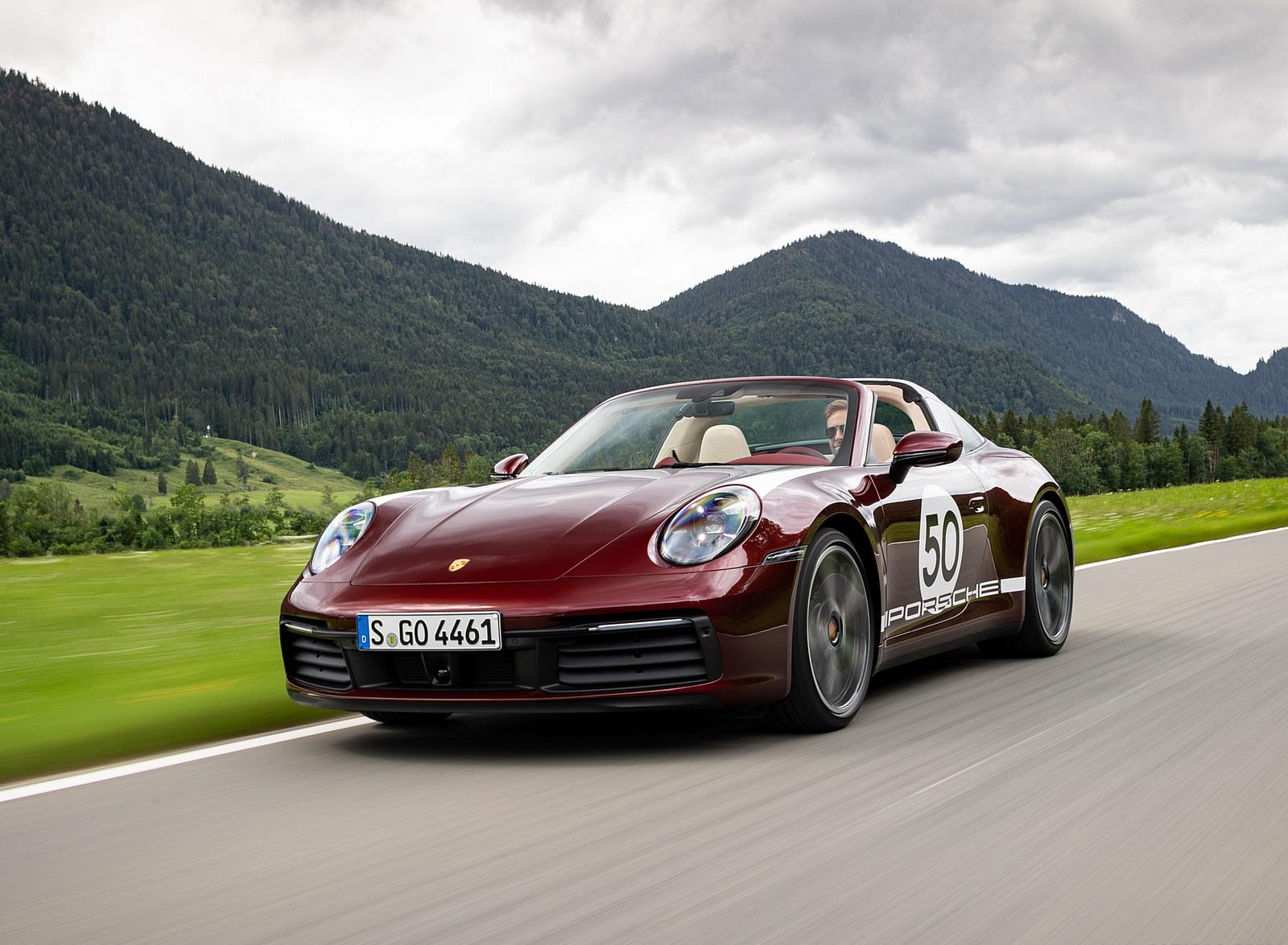 2021 Porsche 911 Targa 4S Heritage Design Edition (Color: Cherry Metallic) Front Three-Quarter Wallpapers (1)